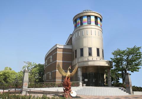 徳島市立図書館
