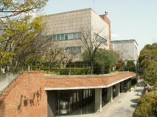 神戸市:神戸市立図書館トップページ