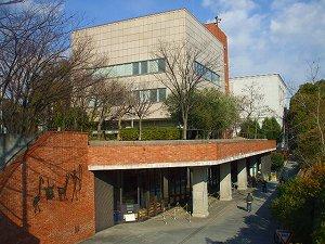 神戸市:こうべバリアフリー情報 神戸市立中央図書館